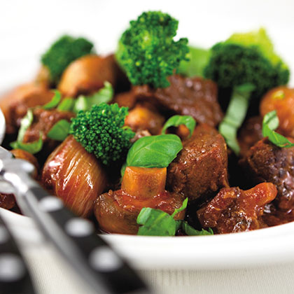 Veal stew with broccoli